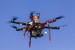 Nos drones homologués réalisent photo et vidéo aérienne, inspection technique, suivi de chantier, topographie, cartographie
